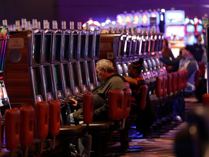 Lawmakers Push For Expansion Of Legal Gambling